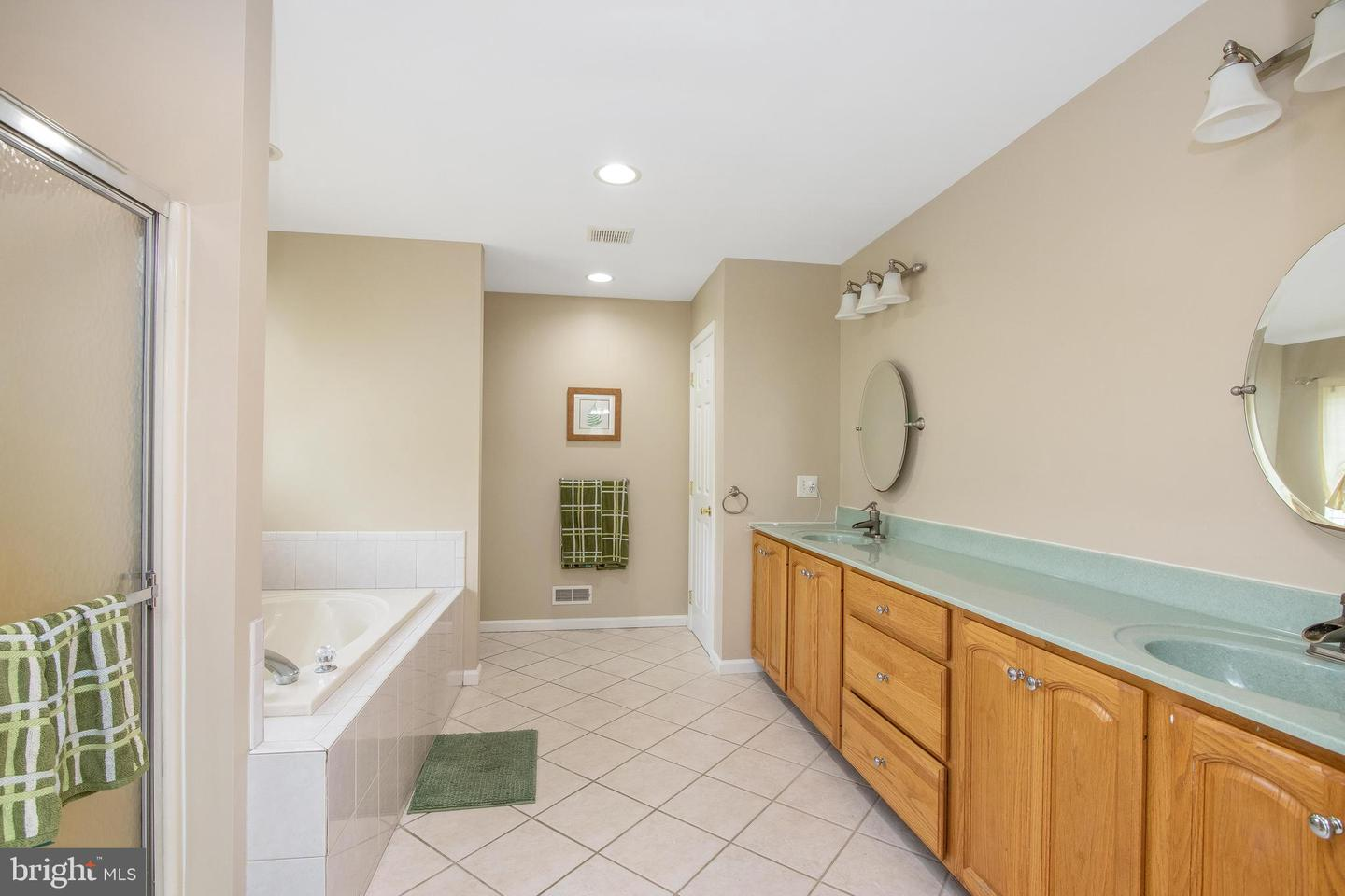 41 Kings Court , WOOLWICH TWP, New Jersey image 36