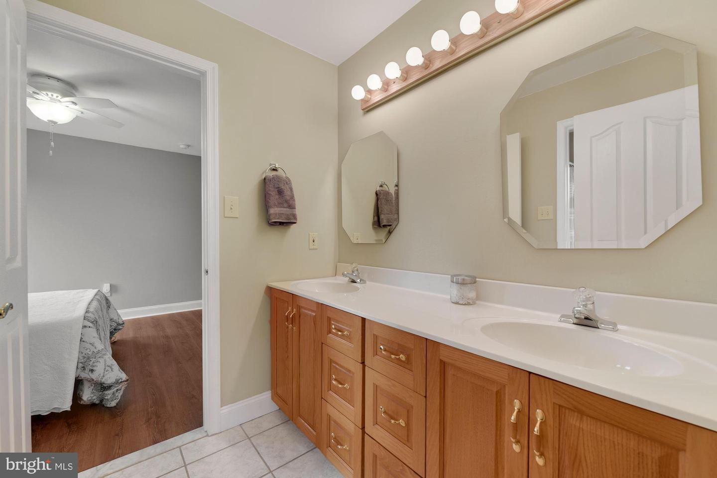 17 Constitution Drive , SOUTHAMPTON, New Jersey image 20