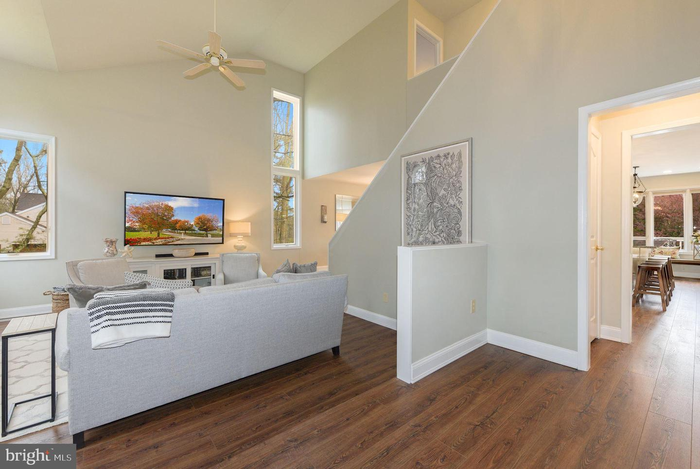 17 Constitution Drive , SOUTHAMPTON, New Jersey image 3