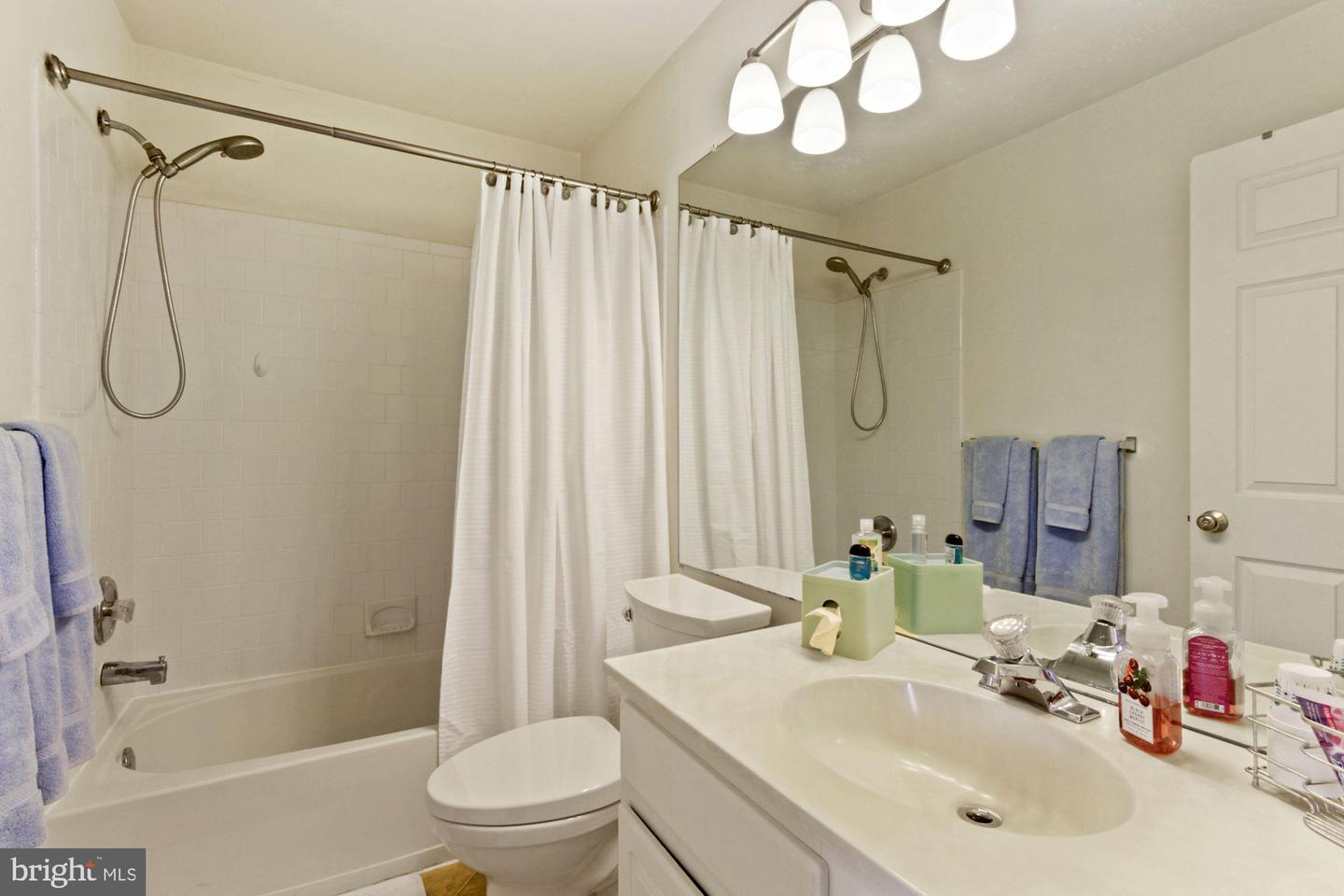 23 Lilyberry Place , DELRAN, New Jersey image 19