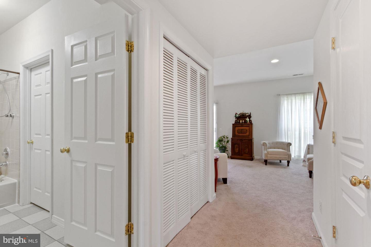 23 Lilyberry Place , DELRAN, New Jersey image 34