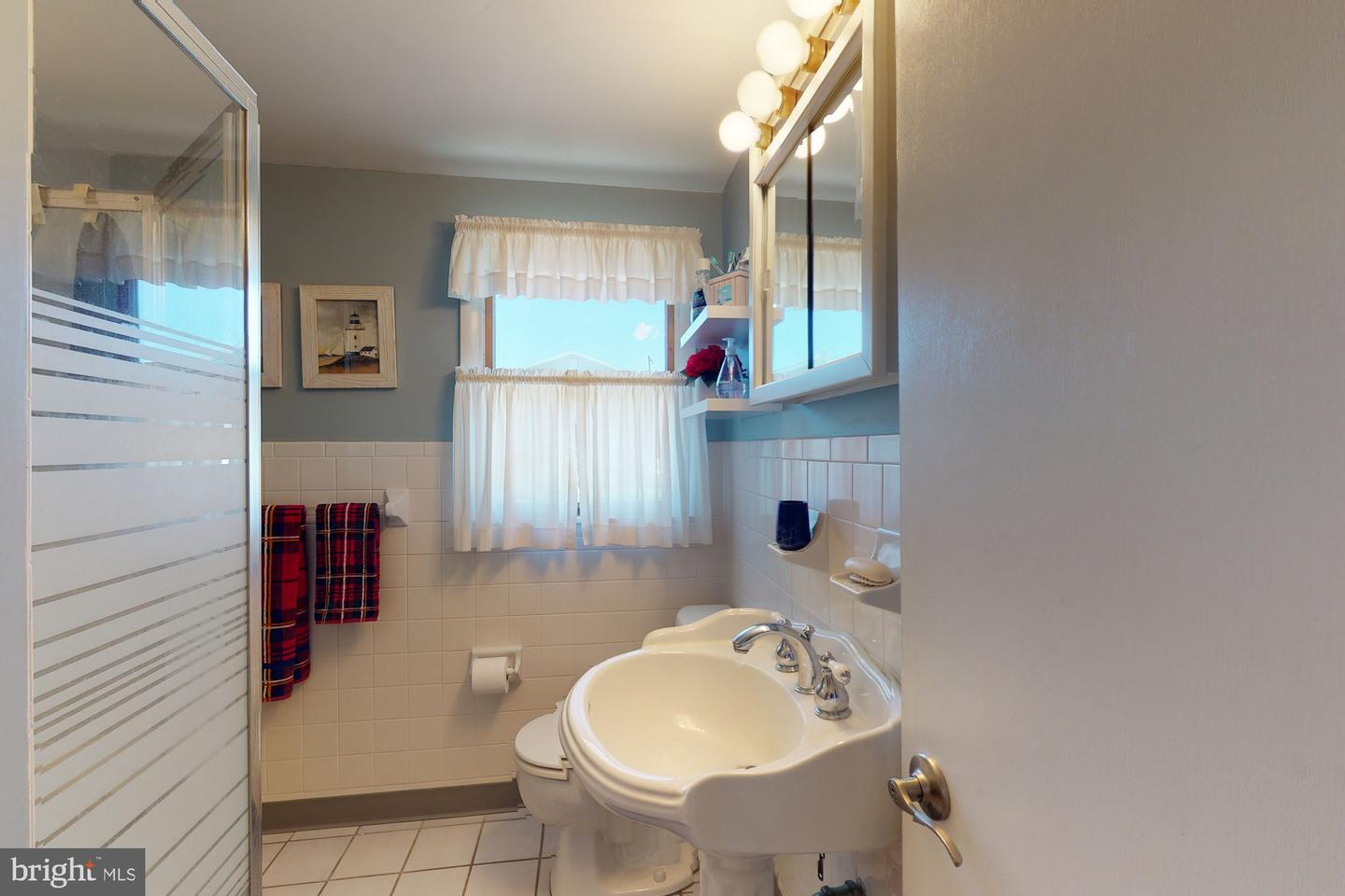 256 N 7th Street , SURF CITY, New Jersey image 22