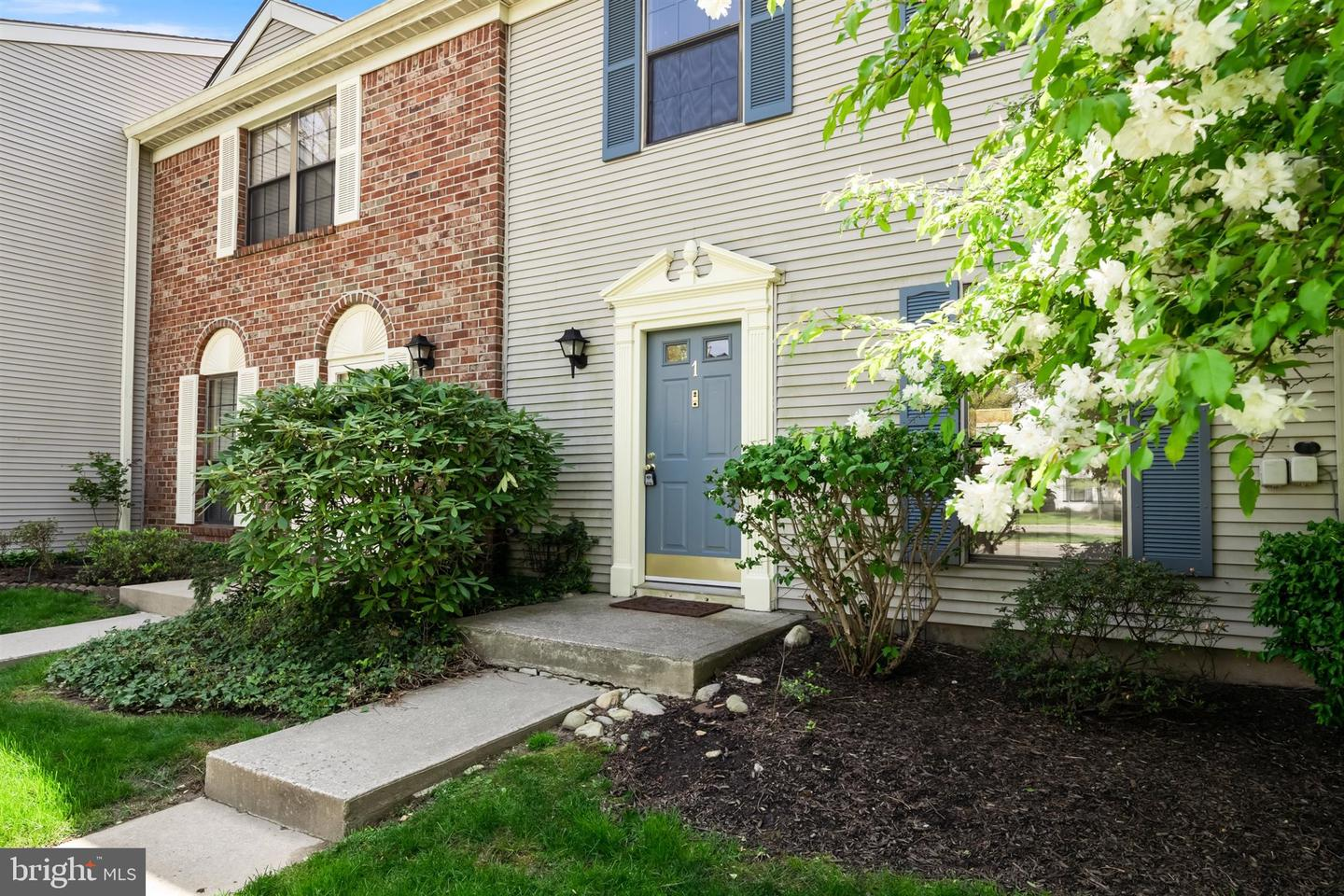 1 Britton Court , LAWRENCEVILLE, New Jersey image 2
