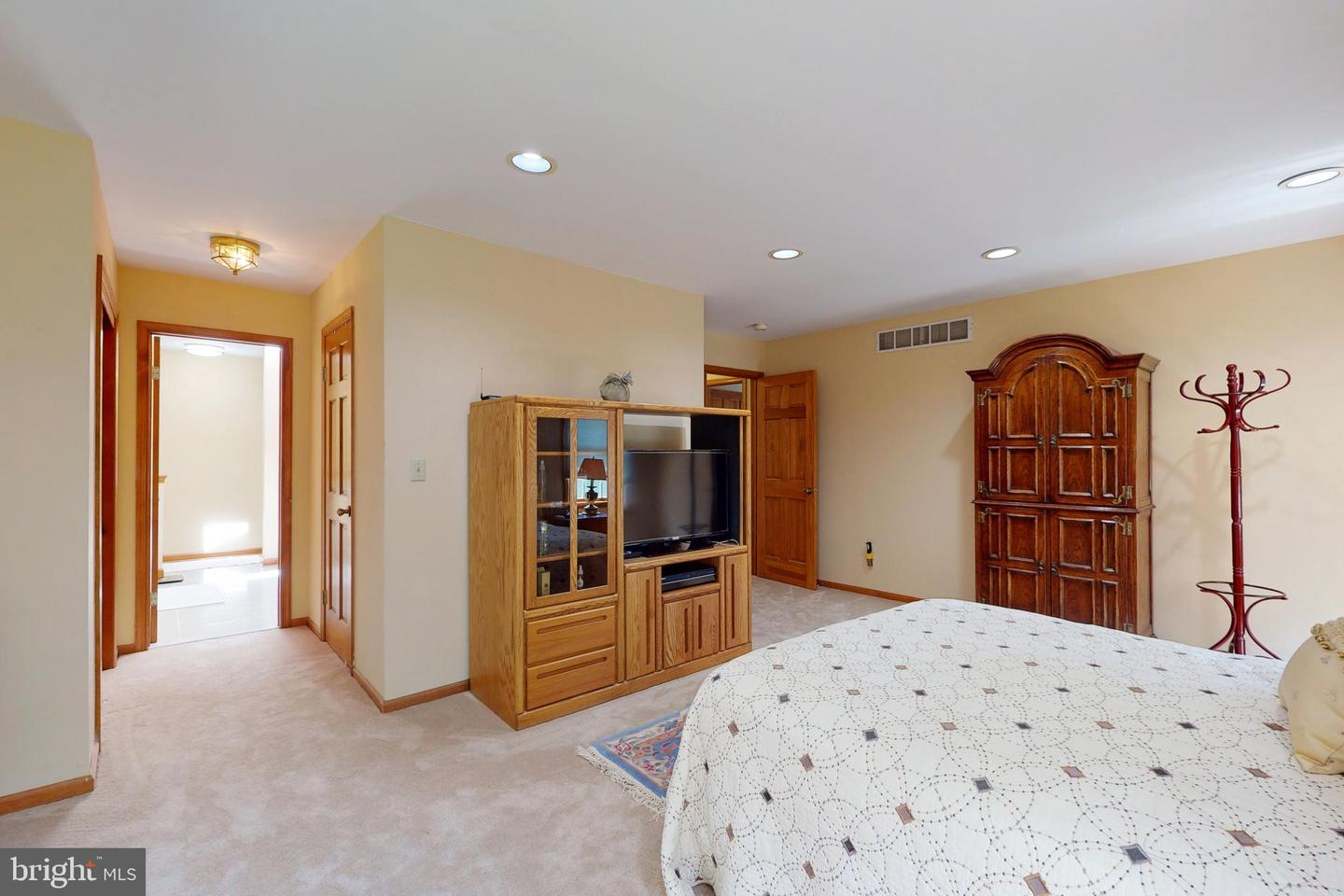 14 Orly Court , WEST WINDSOR, New Jersey image 27